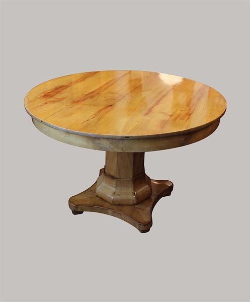 Tisch 075 Durchmesser 115 Kirschbaum 1820