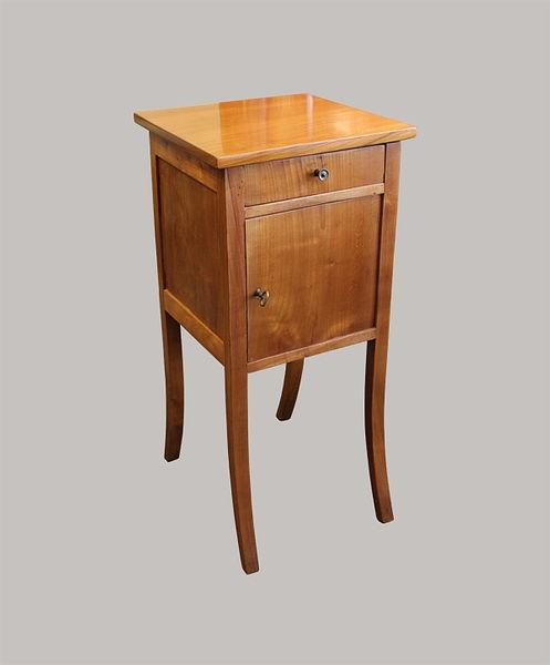 Nachttisch 075x036x036 Kirschbaum 1820