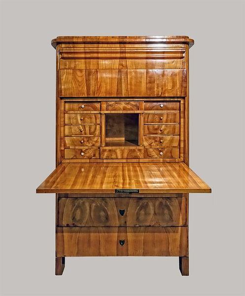 Sekretär 167x100x050 Kirschbaum furniert 1830