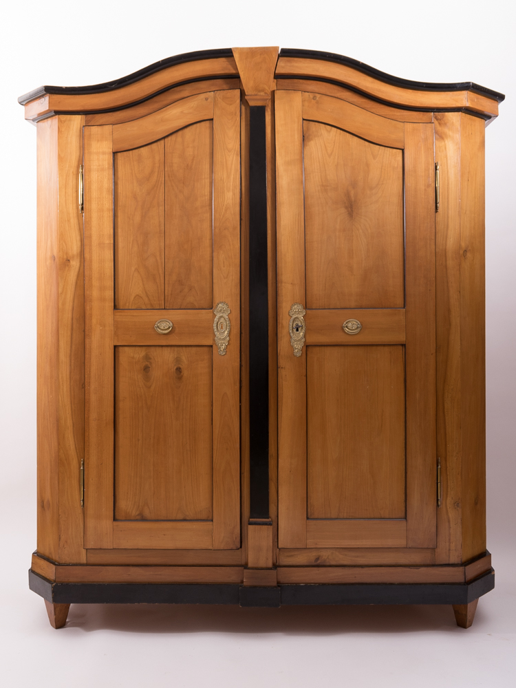 bodenseeschrank kirschbaum massiv ca 1790 antiquit ten daniel c nagel bad honnef. Black Bedroom Furniture Sets. Home Design Ideas