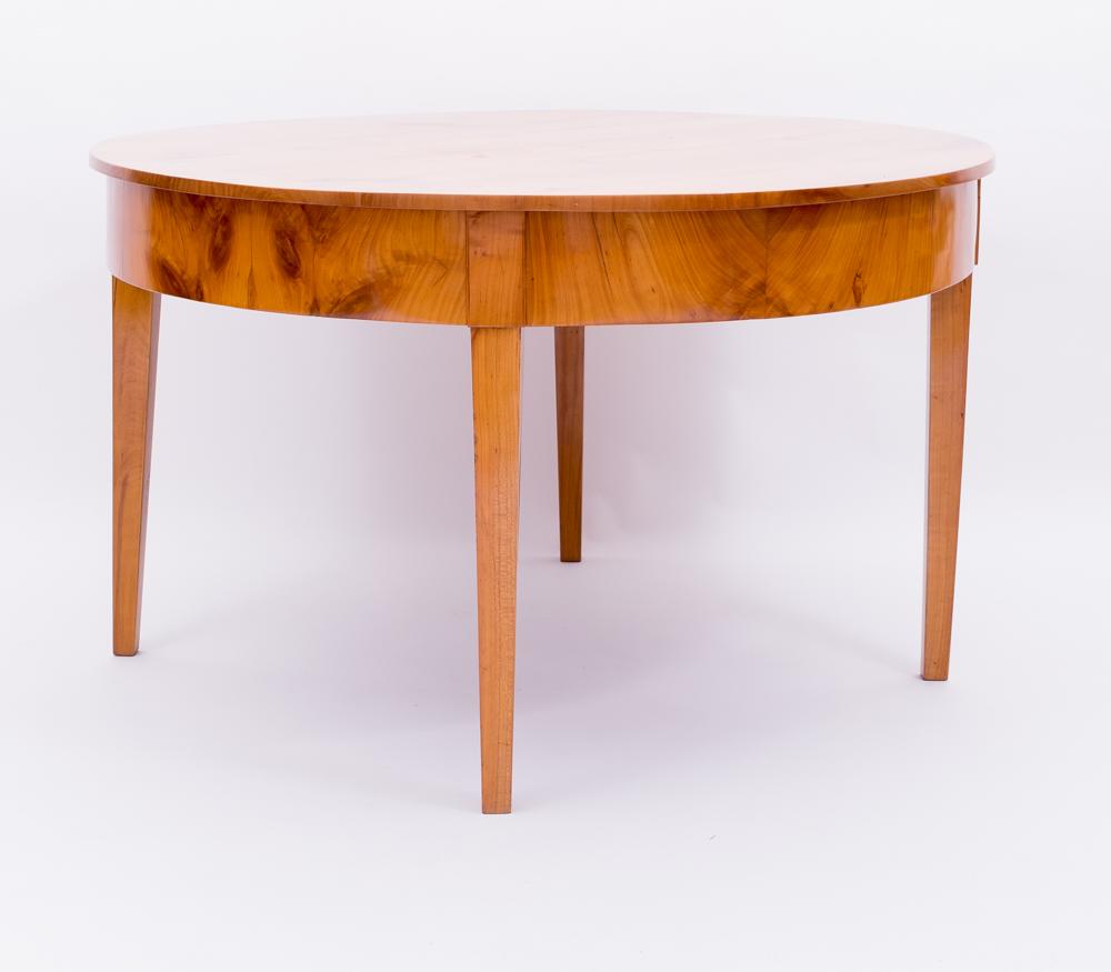 demilune tisch kirschbaum massiv 1820 antiquit ten daniel c nagel bad honnef. Black Bedroom Furniture Sets. Home Design Ideas