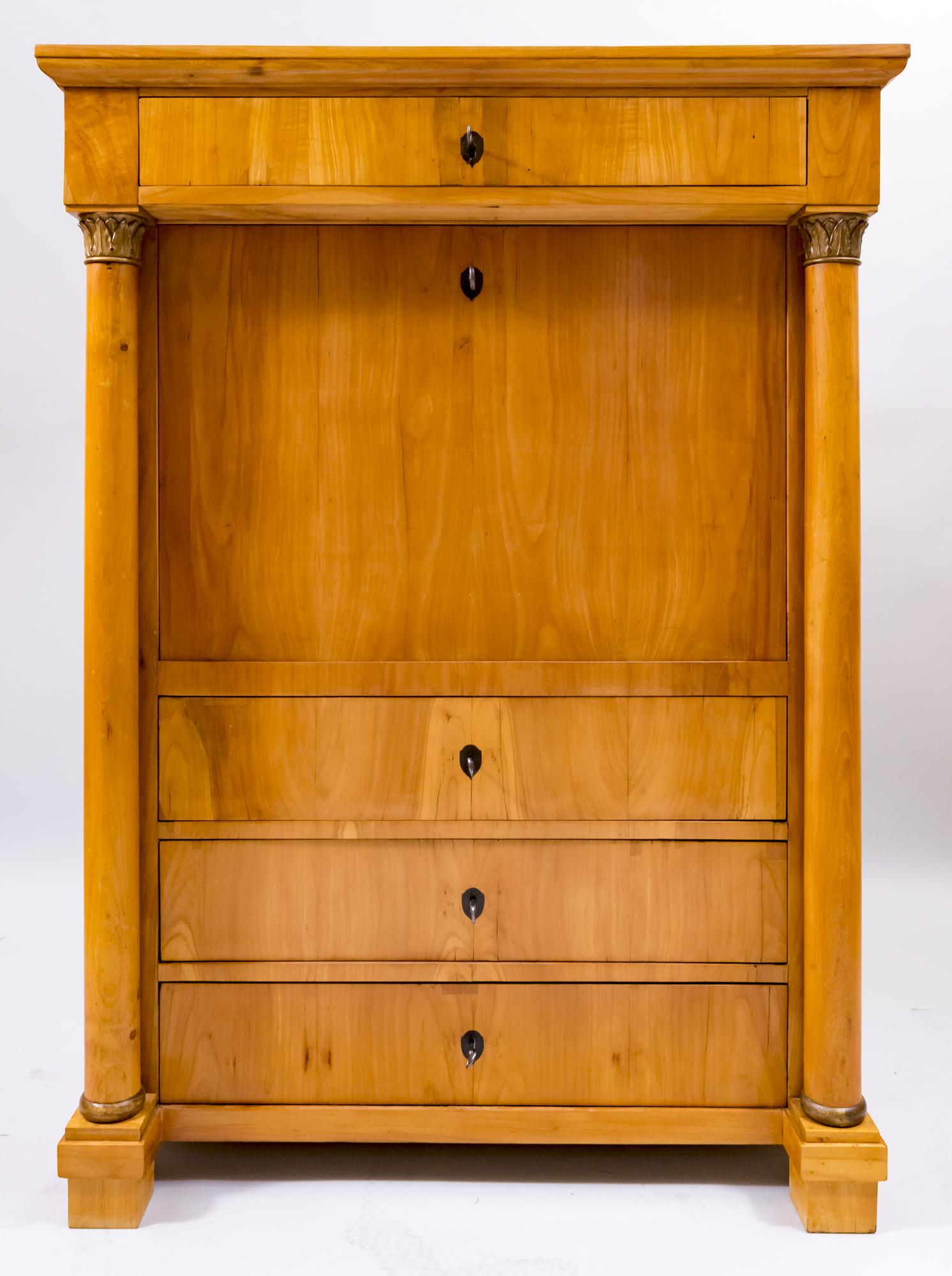 Biedermeier Sekretäre, Kommoden, Anrichten, Schränke, Stühle Tische aus Kirschbaumholz kaufen