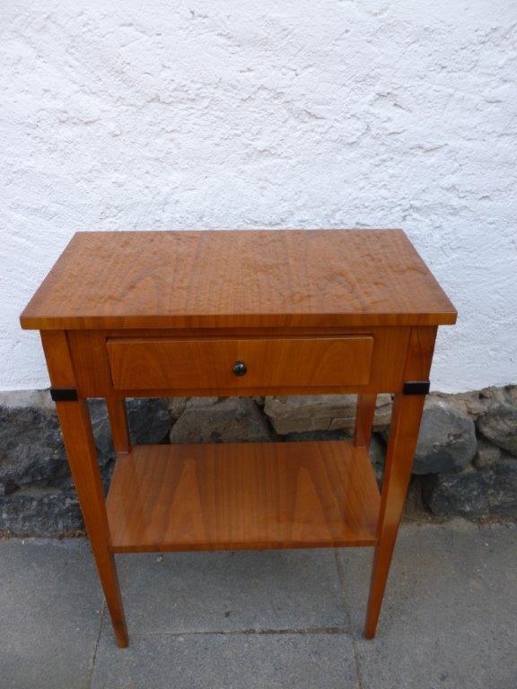 Kirschbaummöbel im Biedermeier Stil nach Maß und Kundenwunsch