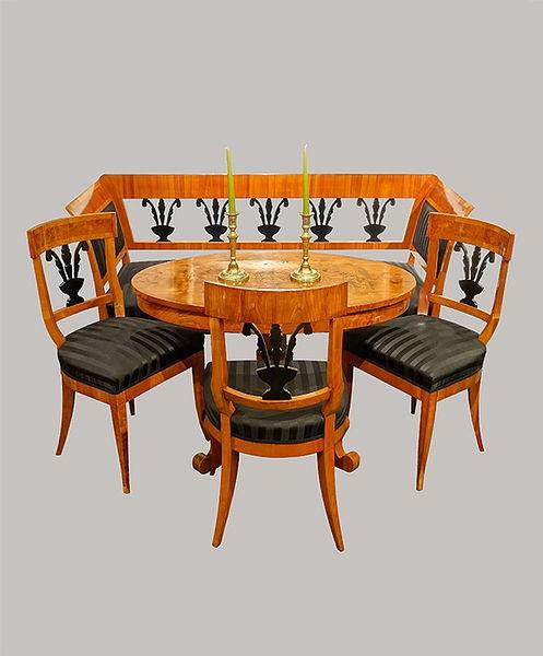 Sitz Ensemble Sofa 166x087x062 Kirschbaum u. Maserholz furniert 1835