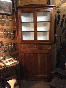 Antike Möbel, musealische Möbel Restaurierung