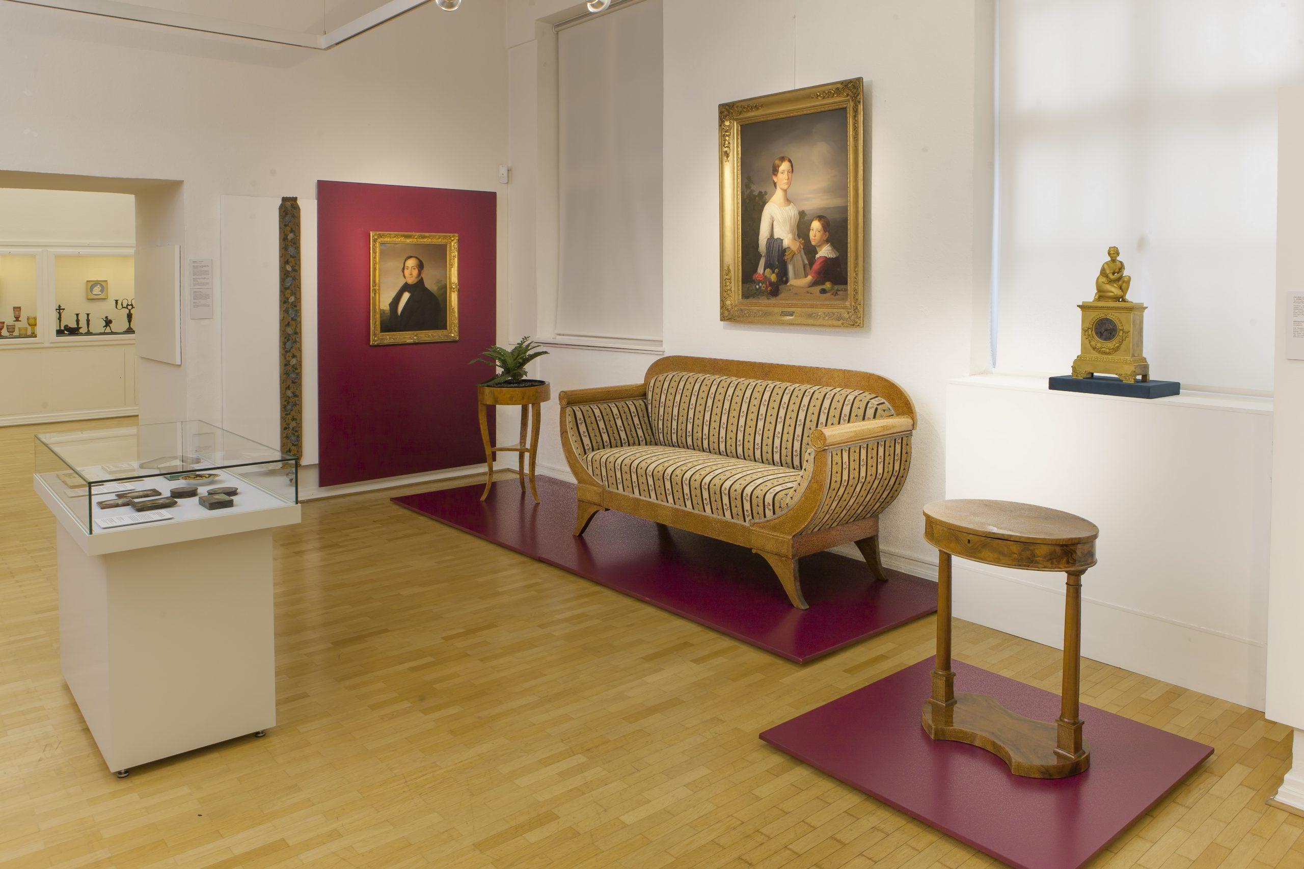 Roentgen Museum Biedermeier Ausstellung 2019